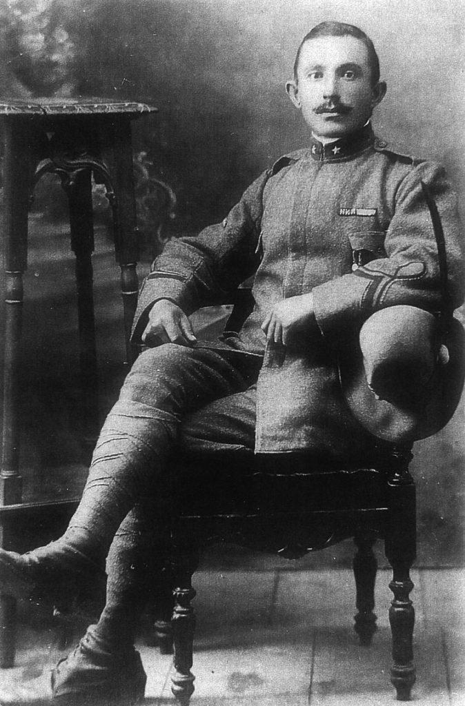 Giacomo Brentel, nato a Feltre il 9.09.1889, aiutante di battaglia 1°alpini - Guerra 1915-18